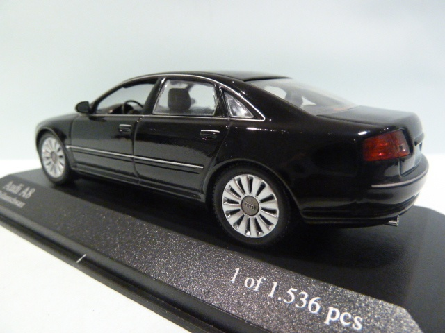 ... Audi A8 ...