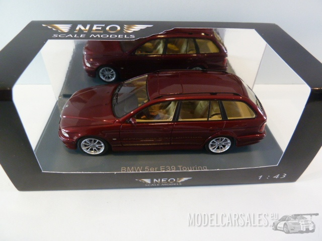 Touring 2002 Red Met NEOSCALE 1:43 NEO43301 Modellbau Bmw 5-Series 530D E39