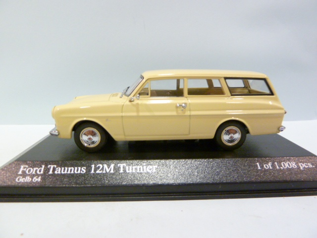 Minichamps 1:43 Ford Taunus 12M Turnier 1962 cream