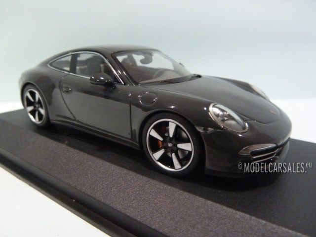 Special Edition 1:43 NEW 50th Anniversary Porsche 911 Coupé graphite grey