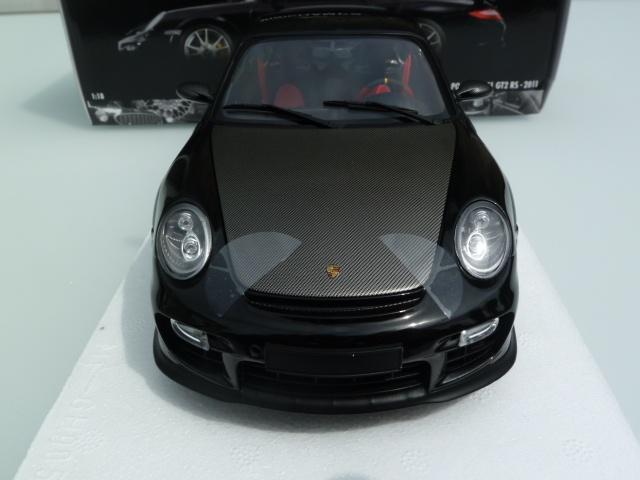1:18 Minichamps Porsche 911 gt2 RS with silver rims 2011 997