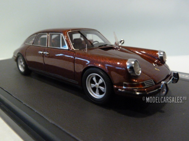 Porsche 911 Troutman Barnes 4-door Open doors 1:43 MX41607-025 ...