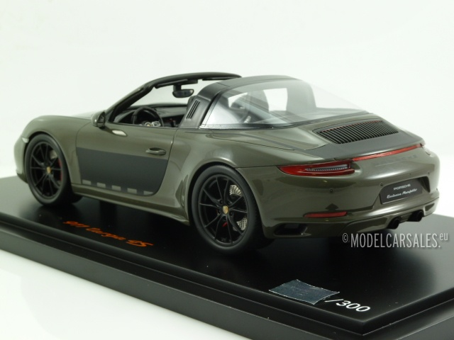 Porsche 911 (991 II) Targa 4S Alex Edition Dark Grey Metallic 1:18 on