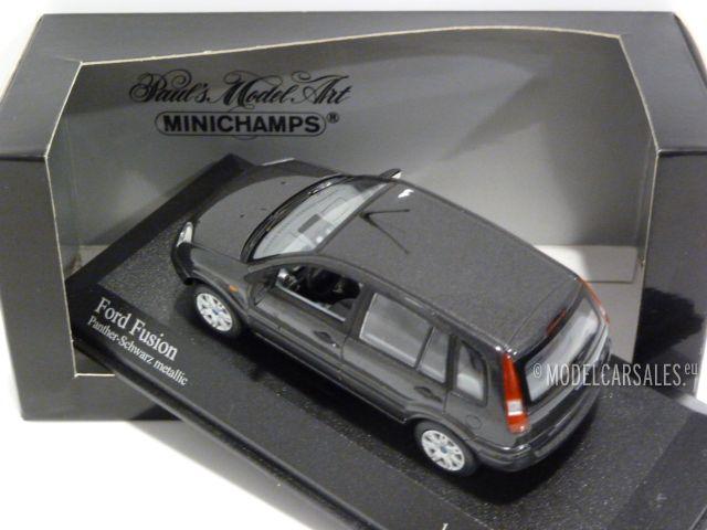 Ford Fusion Panther Black Metallic 1:43 400082200 MINICHAMPS