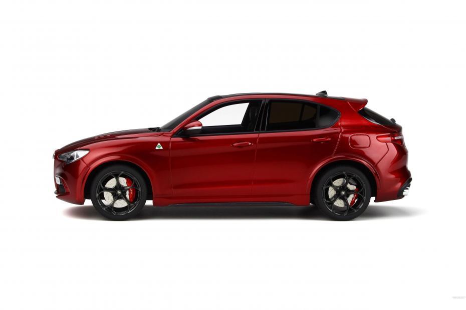 Alfa Romeo Stelvio Quadrifoglio nuevo 1:18 Otto ot285