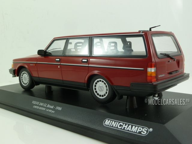 1986 Minichamps 1:18 VOLVO 240 GL BREAK RED