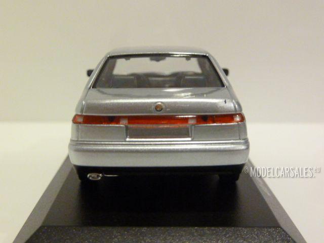 Alfa Romeo 164 3.0 V6 Super 1992 silber metallic  diecast 1:43 Minichamps Maxich