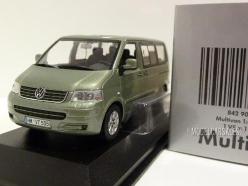 2003 light green-dealer Model Minichamps VW t5 Multivan 1:43