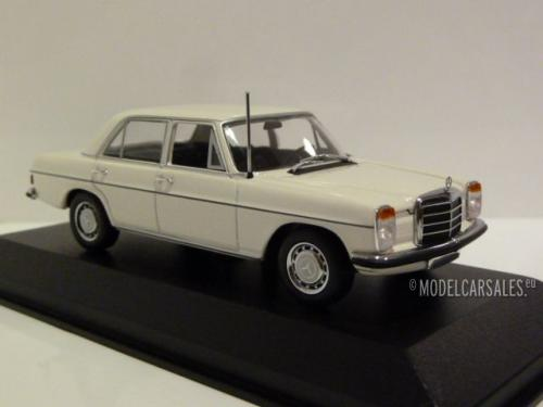 Mercedes-benz 200 (w115) Strich8
